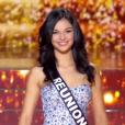 Miss Réunion - Les 12 finalistes défilent, lors de l'élection Miss France 2016 le samedi 19 décembre 2015 sur TF1