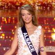 Miss Alsace - Les 12 finalistes défilent, lors de l'élection Miss France 2016 le samedi 19 décembre 2015 sur TF1