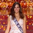 Miss Centre Val de Loire - Les 12 finalistes défilent, lors de l'élection Miss France 2016 le samedi 19 décembre 2015 sur TF1