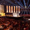 Les 12 finalistes défilent, lors de l'élection Miss France 2016 le samedi 19 décembre 2015 sur TF1