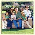 Abdullah II et Rania de Jordanie : carte de voeux de janvier 2007, avec leurs enfants Hussein (12 ans), Iman (10 ans), Salma (6 ans) et Hashem (2 ans).