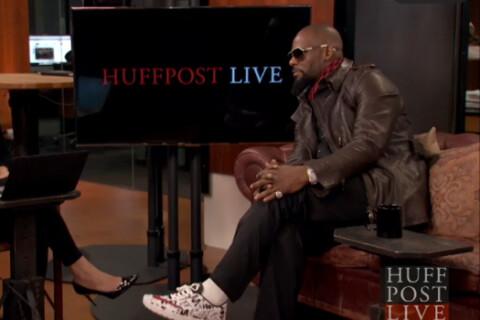 R. Kelly : Son passé controversé ressurgit, le chanteur excédé
