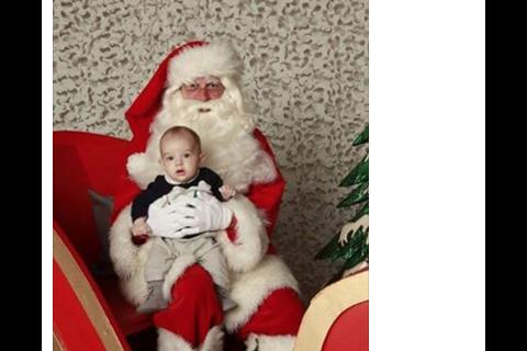 Madeleine de Suède : Le prince Nicolas, 6 mois, rencontre le père Noël