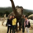 Pauline Ducruet en vacances à Monaco, auprès des éléphantes Baby et Népal recueillies par la princesse Stéphanie au domaine de Fontbonne. Photo postée sur son compte Instagram en décembre 2015.