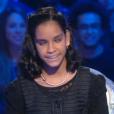 Jane, gagnante de  The Voice Kids  saison 2, sur le plateau de  Salut les terriens , le samedi 9 janvier 2016 sur Canal+.