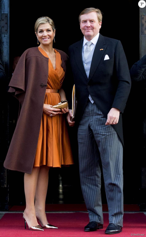 La reine Maxima et le roi Willem-Alexander des Pays-Bas lors de la réception du nouvel an pour le corps diplomatique au Palais à Amsterdam aux Pays-Bas le 13 janvier 2016.