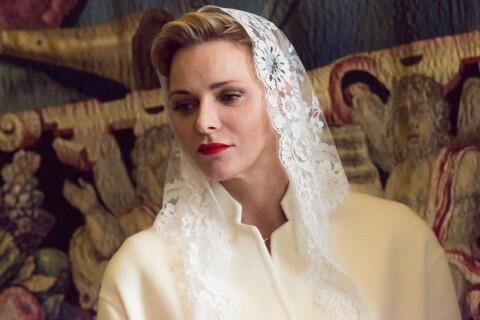Charlene de Monaco : Lumineuse face au pape François, avec le prince Albert