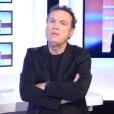 """""""L'animateur Julien Lepers refuse de participer à l'émission hommage qui lui est dédiée. Interview pour Non Stop People. Janvier 2016."""""""