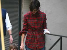 REPORTAGE PHOTOS : Katie Holmes, madame est de sortie, et Suri aussi !
