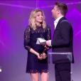 Louane reçoit la Victoire de l'album révélation de l'année - Victoires de la musique au Zénith de Paris, le 12 février 2016.