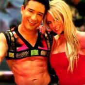 Britney Spears défie Mario Lopez d'imiter une de ses époustouflantes cascades !