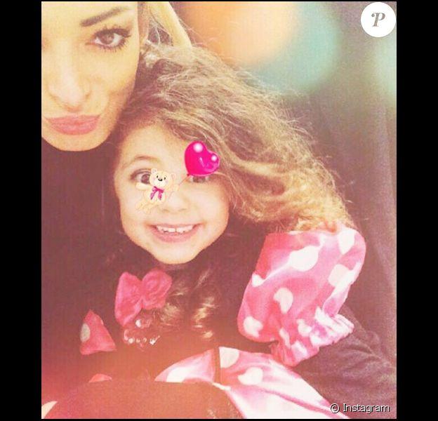 Emilie Nef Naf dévoile le visage de sa petite Maella, 3 ans