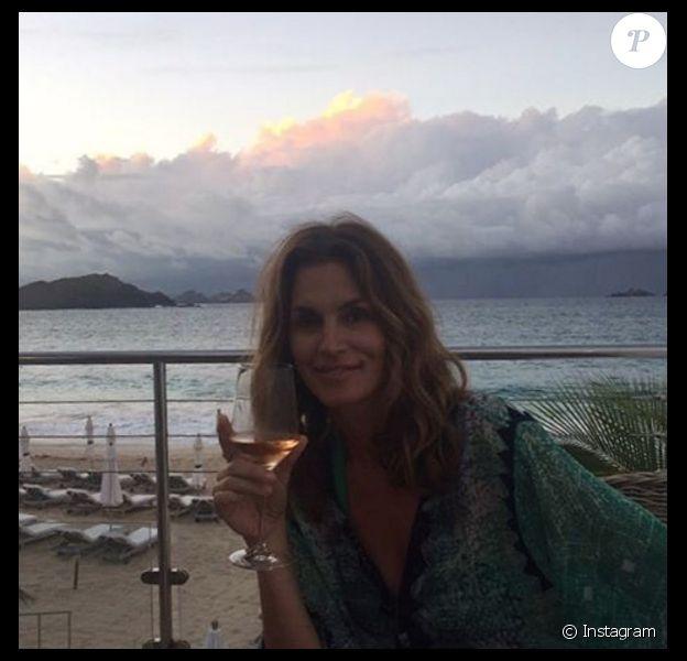 Cindy Crawford en vacances pour son anniversaire avec son époux Rande Gerber