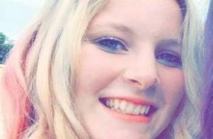Loana : Premières photos de sa fille Mindy, 18 ans !