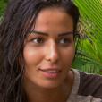 """Karima a trouvé un collier d'immunité - """"Koh-Lanta 2016"""", sur TF1, le 26 février 2016."""