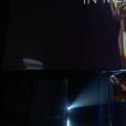 Dave Grohl chante pour le In Memoriam.