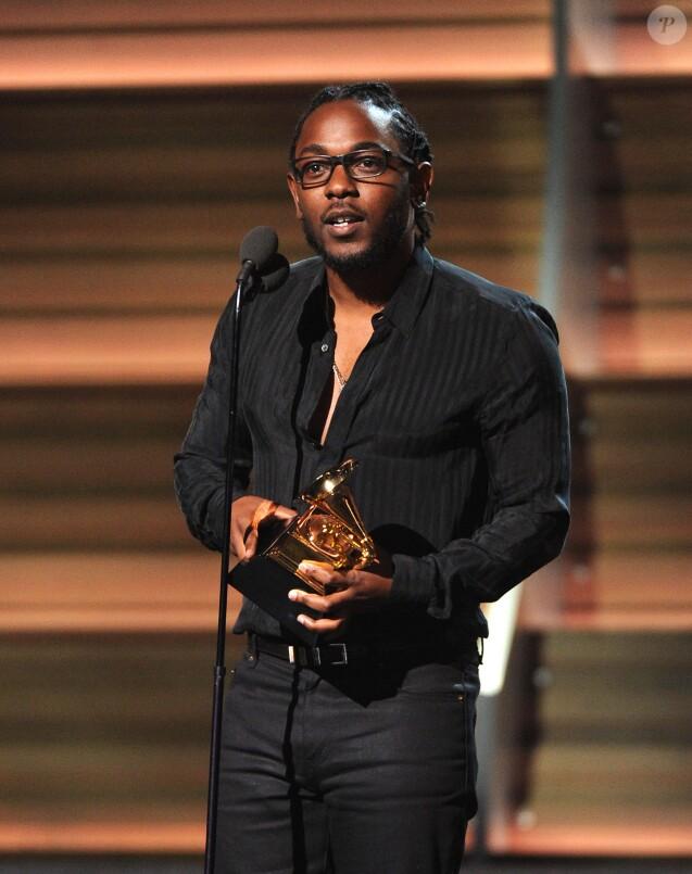 Kendrick Lamar, heureux lauréat aux 58e Grammy Awards. Los Angeles, le 15 février 2016.