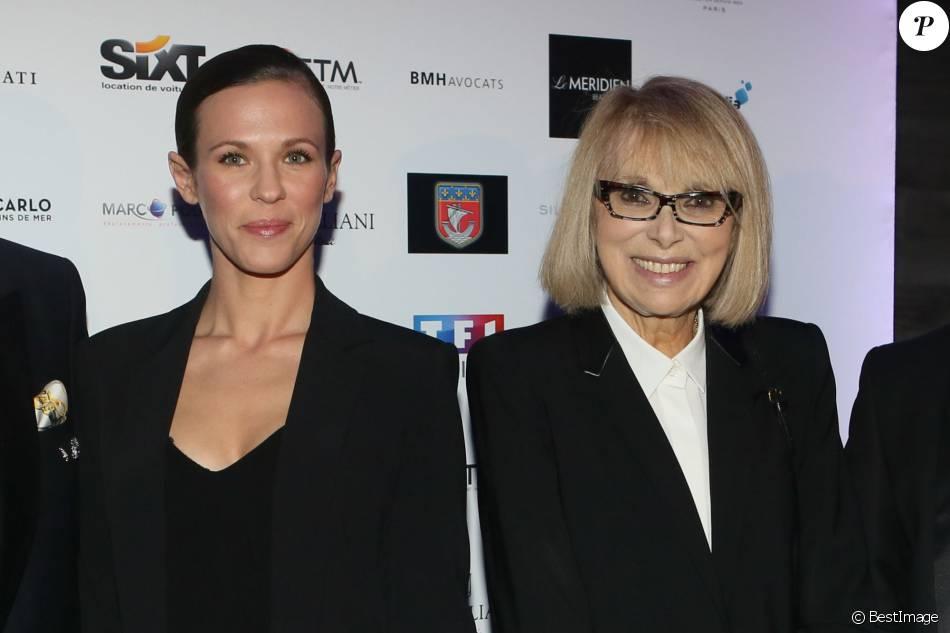 Lorie Pester et Mireille Darc, lors du gala de charité Séchez les petites larmes, aux salons Nework (Yachts de Paris), à Paris le 15 mars 2016.