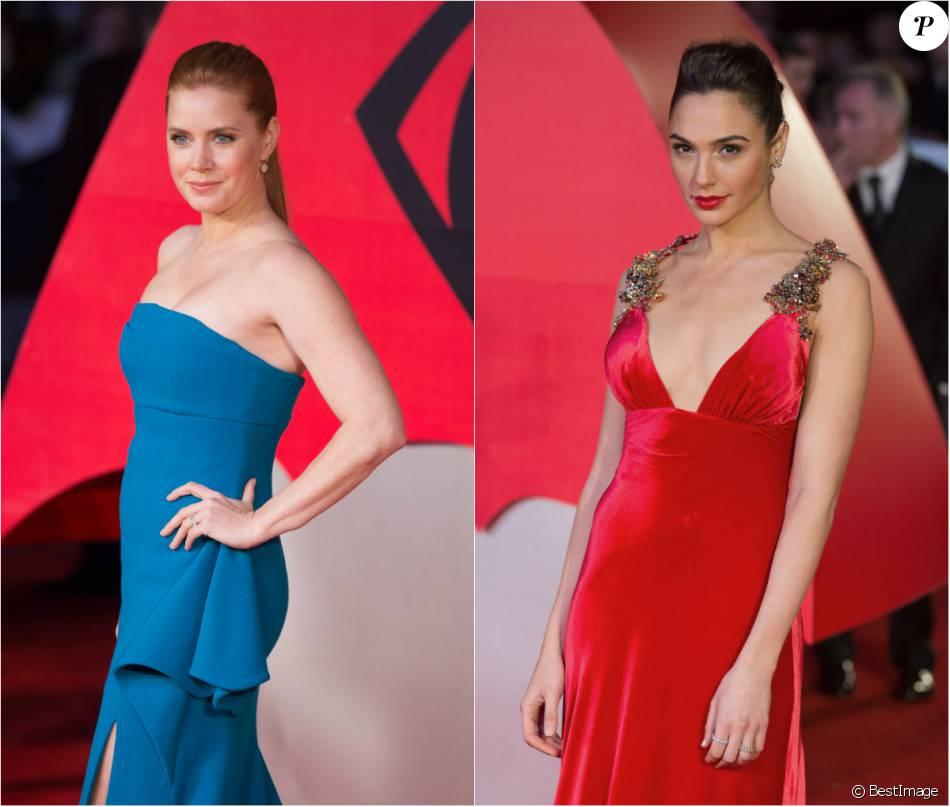 Gal Gadot (robe Prada) vs Amy Adams (robe Antonio Berardi) à Londres, le 22 mars 2016.