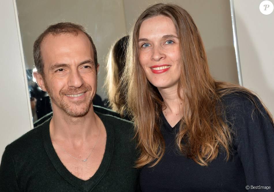 Calogero et sa compagne Marie Bastide lors de la soirée d'ouverture du Club C White à Paris, le 10 avril 2014
