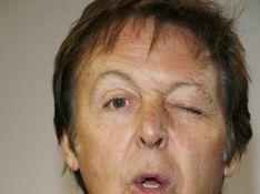 Paul McCartney a complètement et littéralement... perdu la tête !!!