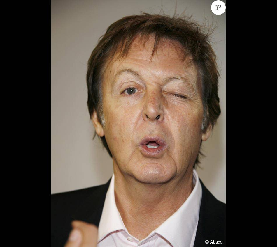 paul mccartney purepeople. Black Bedroom Furniture Sets. Home Design Ideas