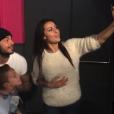 """Shanna et Thibault (""""Les Anges"""") ont battu un record du monde en réalisant 151 selfies en trois minutes. Décembre 2015."""