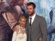 """Chris Hemsworth, """"chasseur"""" mais dandy amoureux devant Emily Blunt, enceinte"""
