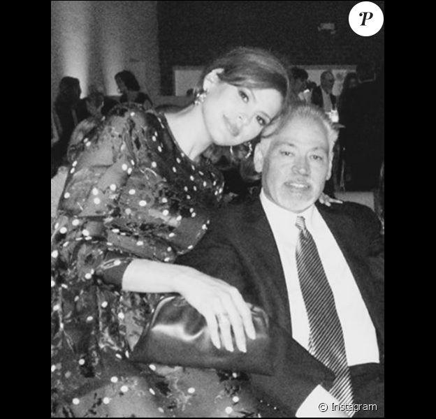 Eva Mendes et son frère Carlos sur une photo publiée le 1er avril sur le compte Instagram de l'actrice.