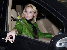 REPORTAGE PHOTOS : Katherine Heigl... jamais sans sa cigarette !