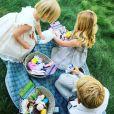 Jessica Capshaw a publié une photo de ses trois enfants, sur sa page Instagram, au mois d'avril 2016.