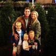 Jessica Capshaw annonce sa quatrième grossesse en publiant une adorable photo de famille sur sa page Instagram, au mois de décembre 2015.
