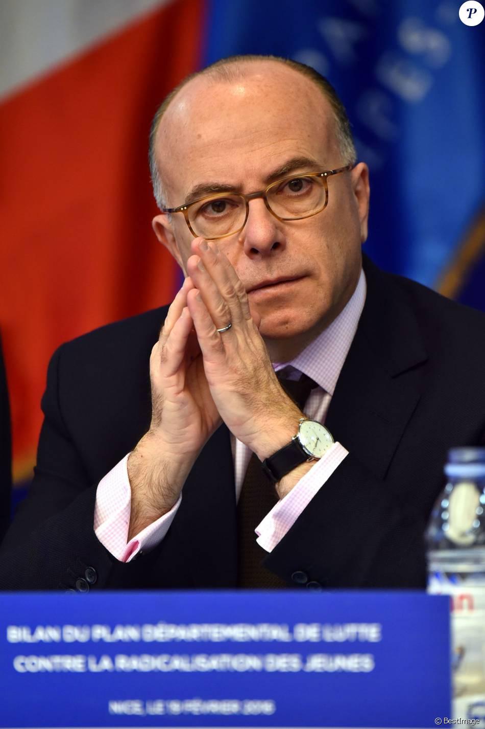 Bernard cazeneuve le ministre de l 39 int rieur est nice for Ministre de l exterieur
