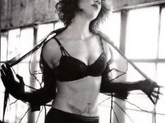 PHOTOS : Quand la magnifique Asia Argento vous expose... son joli tatouage !