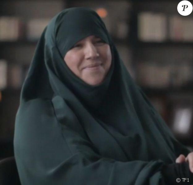 """Diam's en interview pour l'émission """"Sept à Huit"""" sur TF1 le 24 mai 2015."""
