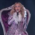 Madonna et Stevie Wonder rendent hommage à Prince lors des Billboard Music Awards, à Las Vegas le 22 mai 2016.