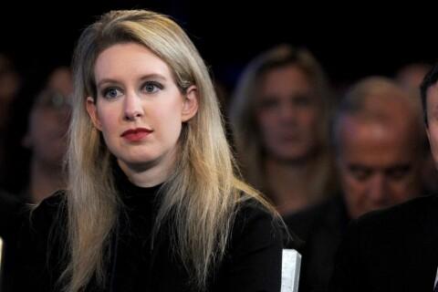 Elizabeth Holmes en crise : La femme qui ne valait plus 4,5 milliards de dollars
