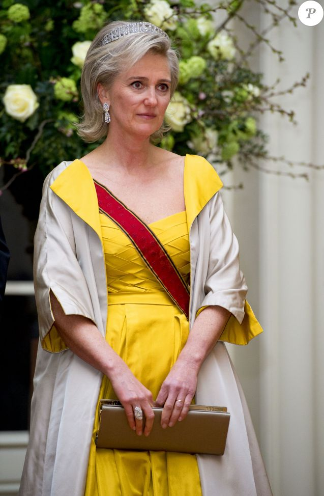 La princesse Astrid de Belgique au dîner donné en l'honneur de la visite d'état du président allemand Joachim Gauck au Château de Laeken à Bruxelles le 8 mars 2016.