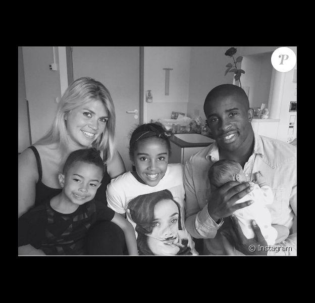 Rio Mavuba était fier de présenter, le 9 juin 2016, sa fille Aliyah, son deuxième enfant avec sa compagne Elodie après Tiago. Il est également le père d'Uma, issue d'une précédente relation.