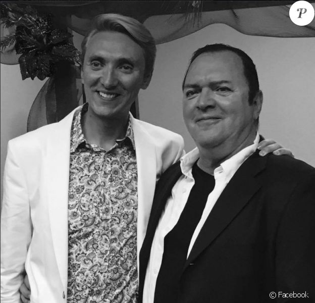 Christopher Ciccone, le frère de Madonna, a épousé son amoureux Ray Thacker, le 11 juin 2016 à Beverly Hills.