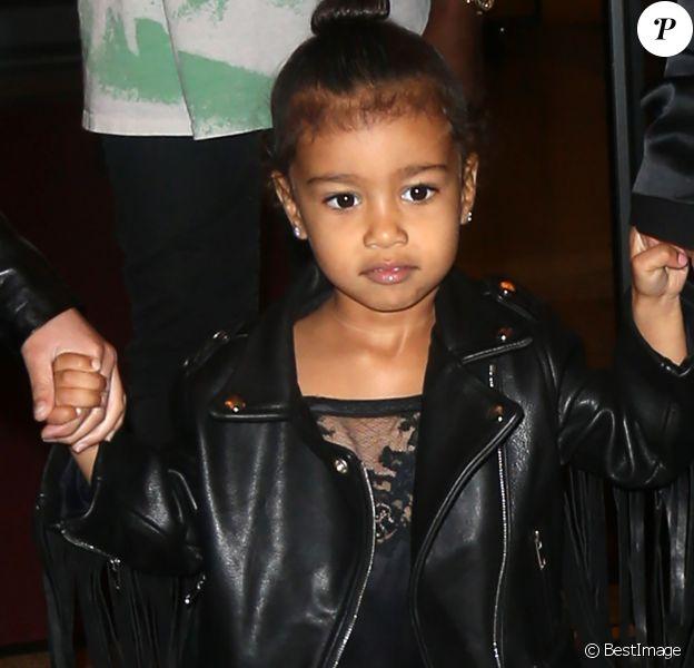 """Kim Kardashian et son mari Kanye West sont allés voir """"The Lion King"""" avec leur fille North West à New York, le 5 juin 2016"""