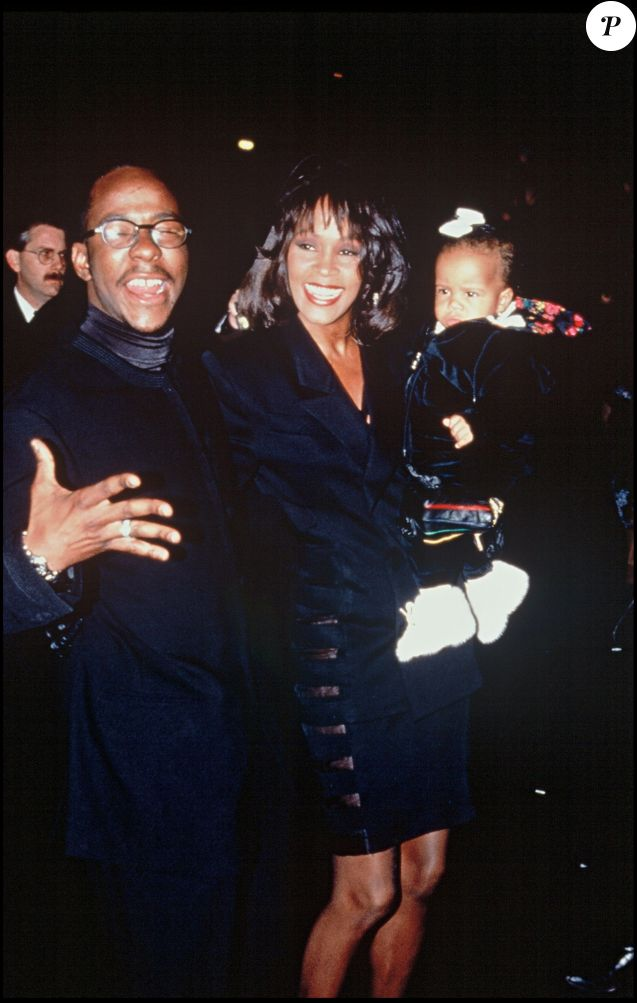 article analysis cissy houston on whitney A new documentary argues for the unhappy life of whitney houston,  houston's  mother, the singer cissy houston, her ex-husband,  but most participants, like  her aunt and personal assistant mary jones, gush memories, analysis and  a  version of this article appears in print on july 5, 2018 , on page.