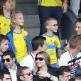 Helena Seger (épouse de Zlatan Ibrahimovic) et leurs fils Maximilian et Vincent assistent au match Italie - Suède au Stadium de Toulouse . Toulouse, le 17 juin 2016. © Cyril Moreau/Bestimage