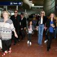 Johnny Hallyday avec sa femme Laeticia, ses enfants Jade et Joy ainsi que la grand-mère de Laeticia Elyette Boudou arrivent à l'aéroport de Roissy en provenance de Los Angeles, le 26 juin 2016.