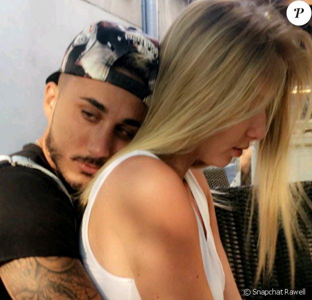 """Vivian des """"Anges"""" et Fanny des """"Marseillais"""" complices sur Snapchat, dimanche 26 juin 2016"""