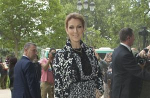 Fashion Week : Céline Dion poursuit son marathon chez Giambattista Valli