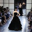 Défilé Giorgio Armani Privé (collection Haute Couture automne-hiver 2016/17) au Palais de Chaillot à Paris, France, le 5 juillet 2016.