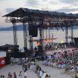 """Ambiance - Concert lors de la journée de l'association """"Enfant Star & Match"""" à la Pinède de Juan Les Pins le 8 juillet 2016."""