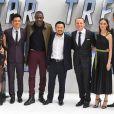 Karl Urban, Sofia Boutella, John Cho, Idris Elba, Justin Lin, Simon Pegg, Lydia Wilson et Chris Pine à l'avant-première de Star Trek Beyond à Empire Leicester Square à Londres, le 12 juillet 2016