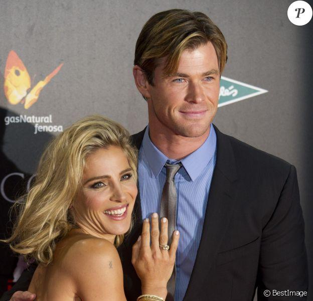 """Chris Hemsworth et sa femme Elsa Pataky à l'avant-première du film """"In The Heart Of The Sea"""" (Au coeur de l'océan) à Madrid, le 3 décembre 2015"""